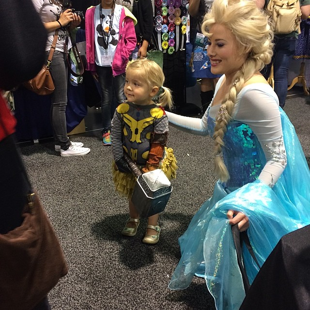 My favorite tiny Cosplay from this weekend. She even knew her hammer's name. #cute #tinythor #thor #cosplay