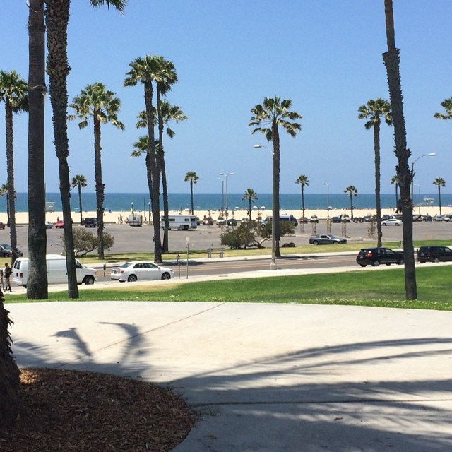 Working in Santa Monica does have its advantages. #beach #lunch #santamonica